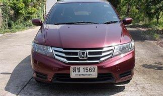 Honda City 1.5 V CNG ปี13 สีแดง รถมือเดียวสภาพสวยขับดีประหยัดไม่มีอุบัติเหตุเครื่องช่วงล่างแน่นพร้อมใช้งาน