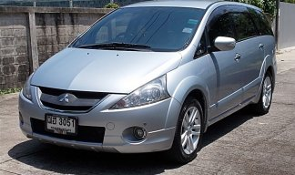 Mitsubishi Space Wagon 2.4 GT ปี09