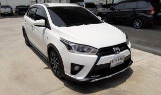 Toyota YARIS 1.2 TRD 2016