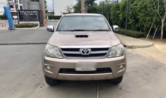 2008 Toyota Fortuner 3.0G D4D 4WD MT suv