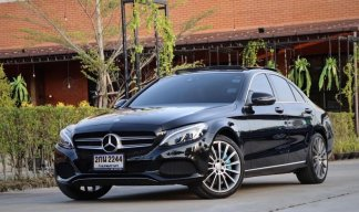 Mercsdes-Benz C350e AMG Dynamic Plug-in Hybrid ปี17