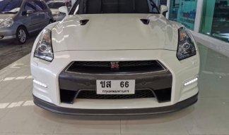 2013 Nissan GT-R R35 UK Spec