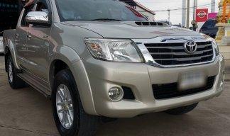 Toyota Hilux Vigo Champ E Prerunner VN Turbo 2.5 navi ปี2013 สีบรอนทอง เกียร์ธรรมดา