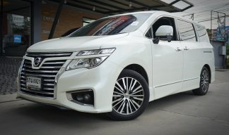 Nissan Elgrand 2.5 High-Way Star Wagon ปี 2016