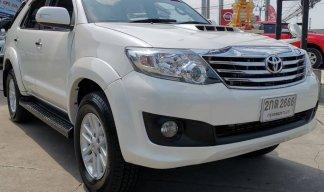 2013 Toyota Fortuner 3.0 V suvฟรีดาวน์!!