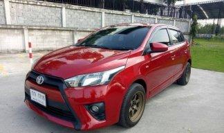 2015 Toyota YARIS 1.2 E hatchback รถมือเดียวตั้งแต่ออกห้าง