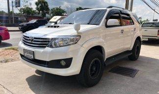 2014 Toyota Fortuner 3.0 V suv