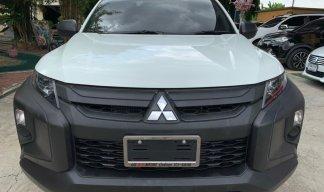 2020 Mitsubishi TRITON 2.4 GL 4WD รถกระบะ