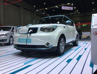Kia Soul EV 2017 ใหม่ รถยนต์ไฟฟ้าล้วนวิ่งได้ 212 กม. ต่อการชาร์จหนึ่งครั้ง