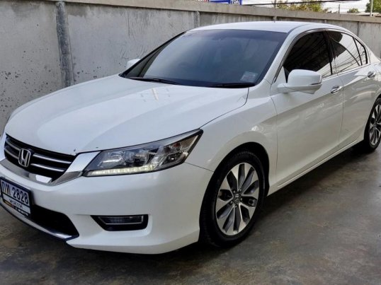 2013 Honda ACCORD EL sedan