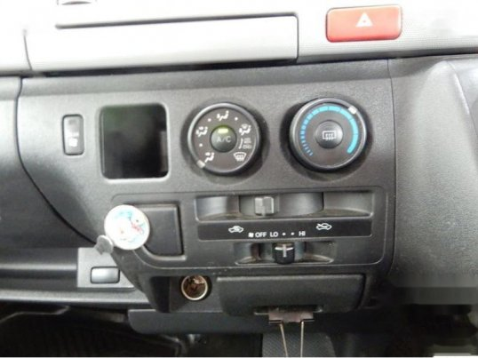 รถดีรีบซื้อ TOYOTA HIACE-1
