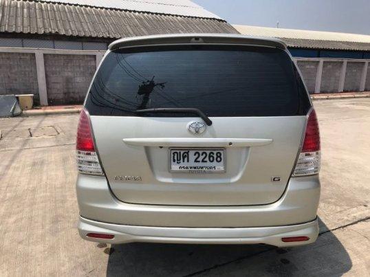Toyota Innova G 2011 -4