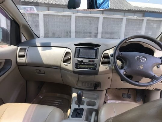 Toyota Innova G 2011 -6