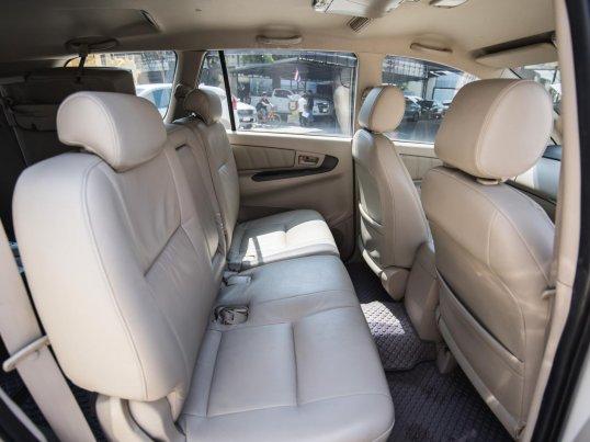2011 Toyota Innova G van -3