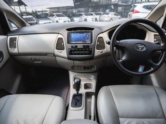 2011 Toyota Innova G van -5