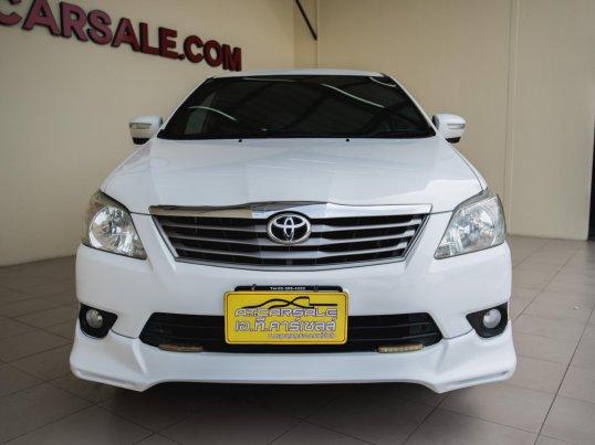 2012 Toyota Innova G van -0