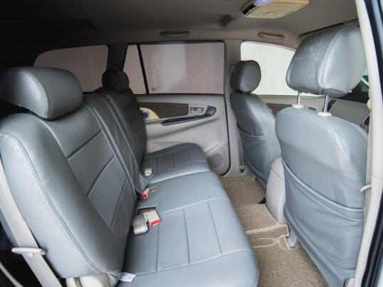 2012 Toyota Innova G van -2