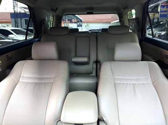 TOYOTA FORTUNER 3.0 TRD Smart A/T 4WD ปี 2010  -17