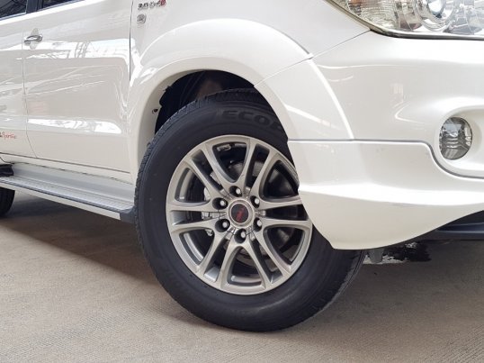 TOYOTA FORTUNER 3.0 TRD Smart A/T 4WD ปี 2010  -23