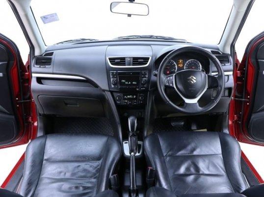 2012 Suzuki Swift GLX hatchback -4
