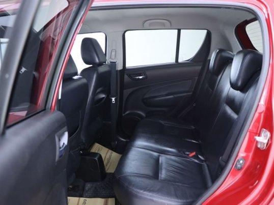 2012 Suzuki Swift GLX hatchback -2