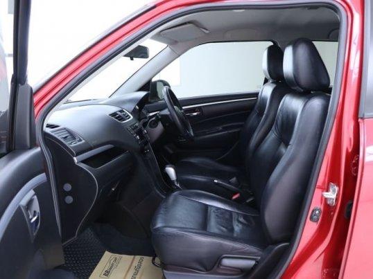 2012 Suzuki Swift GLX hatchback -3