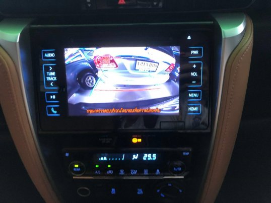 Toyota Fortuner V 4WD 2017 SUV-13