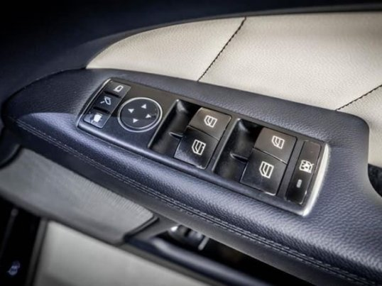 Mercedes Benz CLS250 CDI (W218) Exclusive ปี 2011 -9