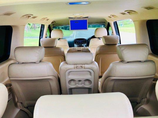 2017 Hyundai H-1 Elite Plus mpv -15