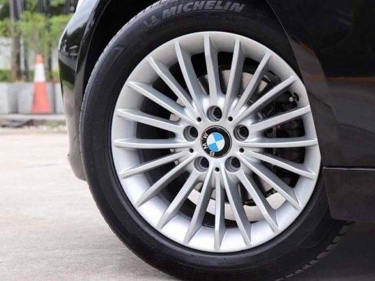 2013 BMW 320i Luxury -6