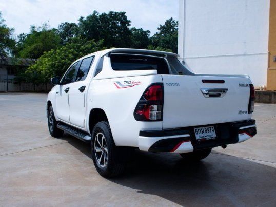 2017 Toyota Hilux Revo 2.4 Prerunner TRD Sportivo pickup -5