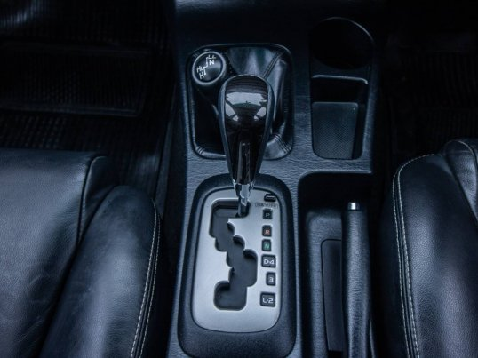 2013 Toyota Fortuner 3.0 V 4WD hatchback -9