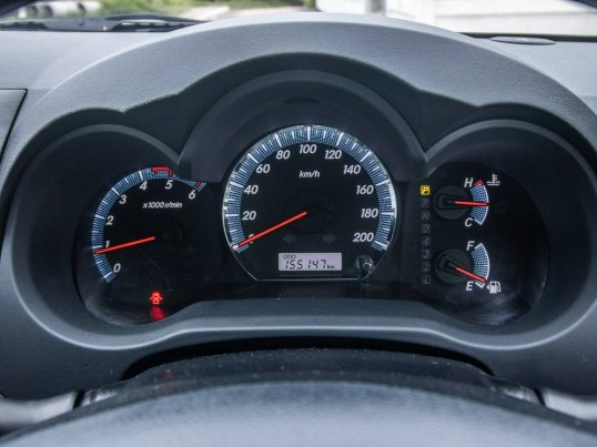2013 Toyota Fortuner 3.0 V 4WD hatchback -11