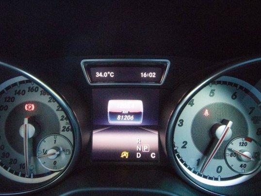 2016 Mercedes-Benz GLA200 Urban hatchback -11