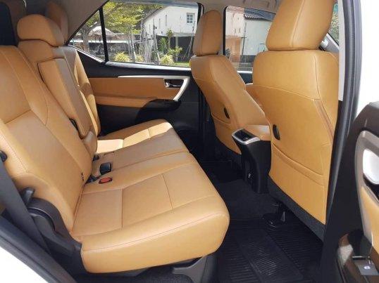 2015 Toyota Fortuner 2.8 V 4WD suv -7