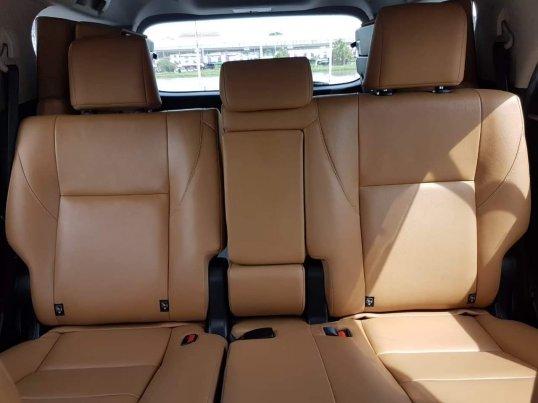 2015 Toyota Fortuner 2.8 V 4WD suv -8