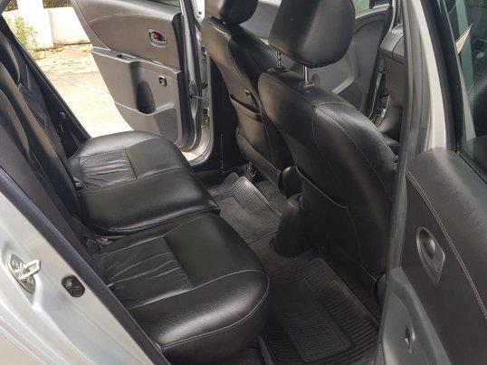 Toyota YARIS 1.5 S 2011 hatchback -5