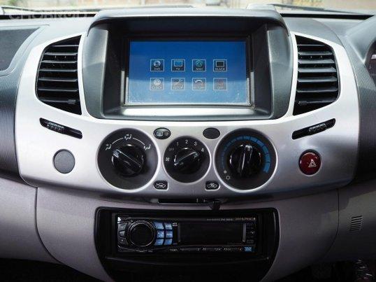 2012 Mitsubishi TRITON 2.4 GLS Plus รถกระบะ