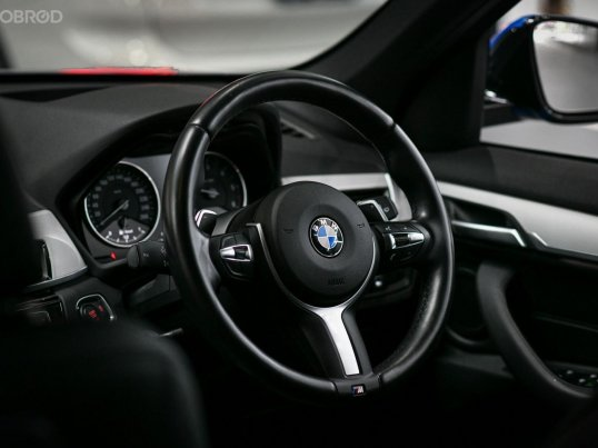 ขายรถ BMW X1 sDrive18d M sport รุ่น Top สุดของรุ่น ดีเซล