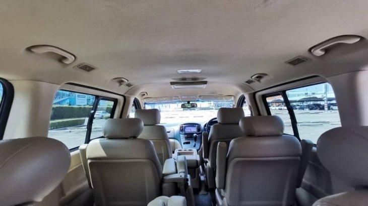 รถตู้ Hyundai H1 Deluxe 2017🎉top ออกรถปี17แท้.