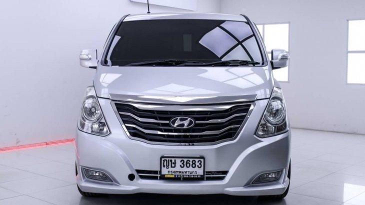 2011 Hyundai Grand Starex 2.5 VIP ออกรถฟรีได้เลยทักมาปรึกษาได้
