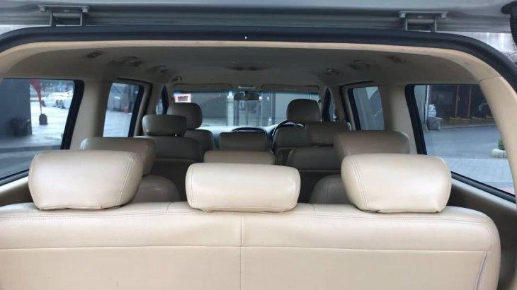 #Hyundai H1 2.5 Touring Van AT ปี 2016 สีเทา.