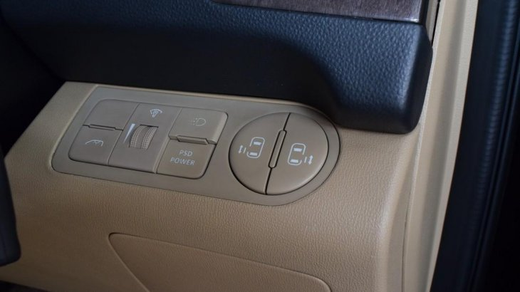 รถยนต์มือสอง Hyundai H-1 2.5 (ปี 2017) Deluxe Van AT